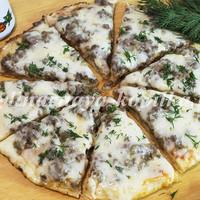 Мясная пицца на сковороде: быстро и просто!